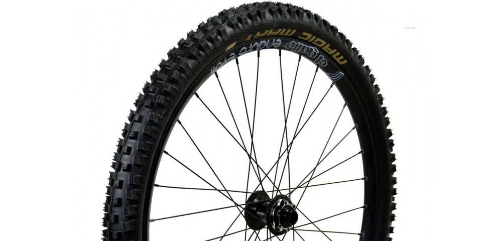 "Wheel 26"" x 2.35 axle DH 20mm"